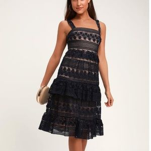 Lulus navy blue and nude lace midi dress small